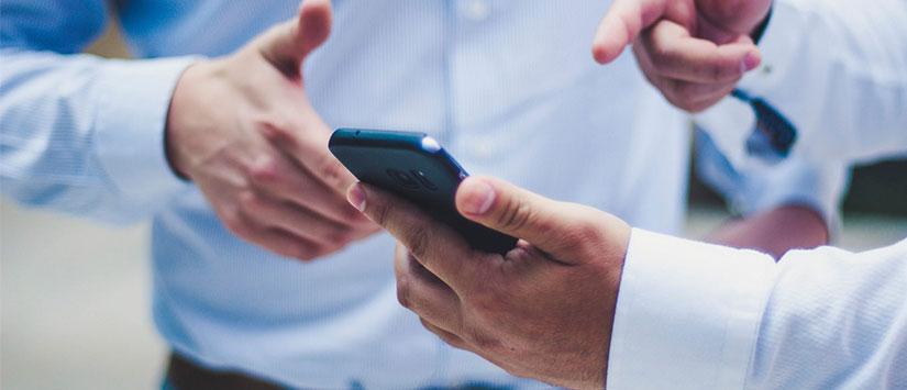 Enviament de SMS per la comunicació interna
